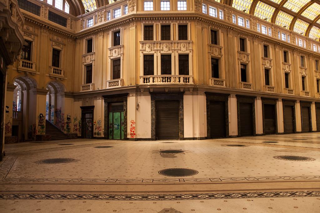 Messina, interno della Galleria Vittorio Emanuele III.