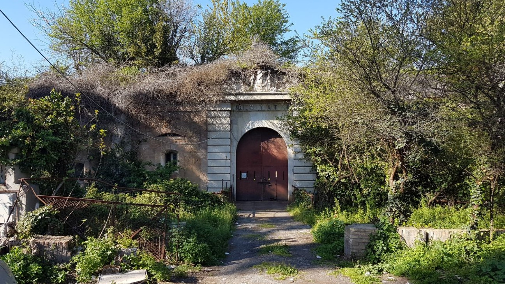 UN FORTE IN ROVINA NEL CUORE DI ROMA