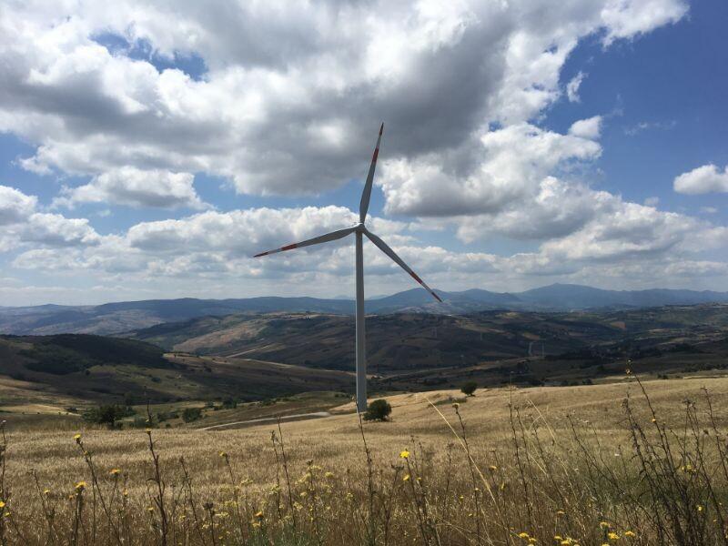 6 – Impianto eolico (SARDEGNA)